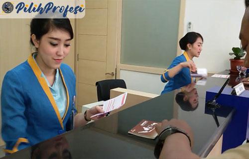 Karyawan-Swasta-di-Sebuah-Bank