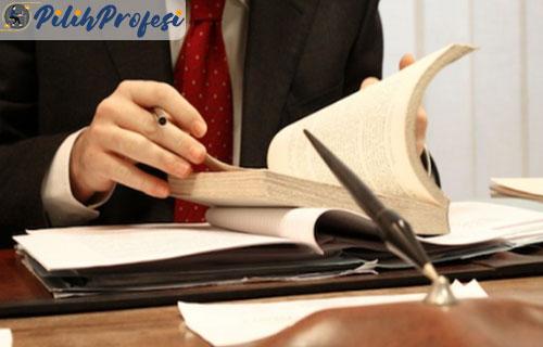 Tugas Seseorang Yang Berprofesi Sebagai Advokat