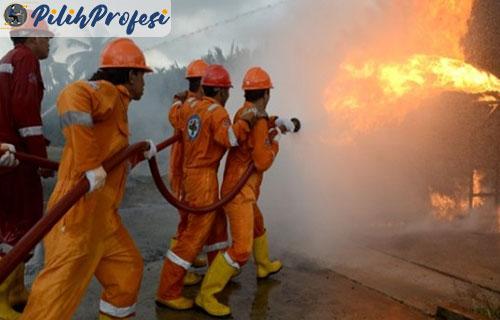 Tugas dan Tanggung Jawab Anggota Pemadam Kebakaran