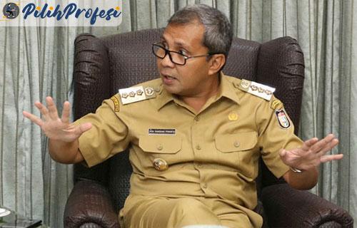 Gaji-UMR-Makassar-Semua-Wilayah-Terbaru