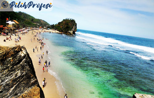 Pantai-Indrayanti-Kabupaten-Gunungkidul