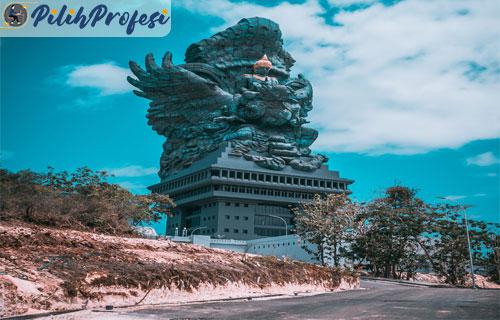 Patung-Graha-Wisnu-Kencana-di-Bali