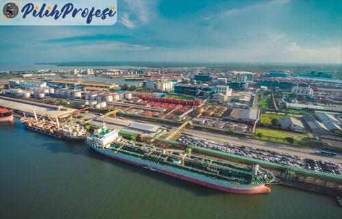 Pelabuhan-Belawan-di-Medan