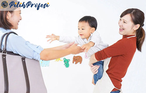 Daftar Gaji Baby Sitter di Seluruh Indonesia Paling Lengkap