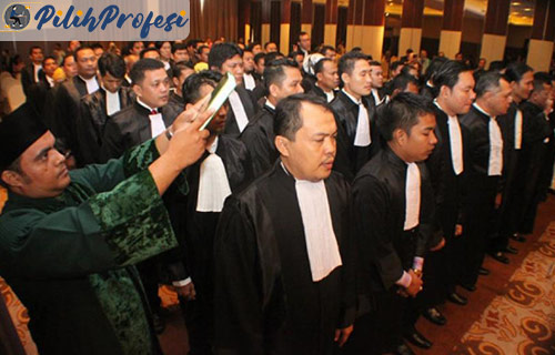 Gaji Advokat dan Tugas Terbaru
