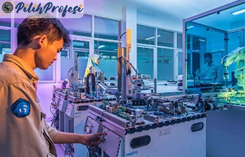 Teknik Otomasi Manufaktur dan Mekatronika AE