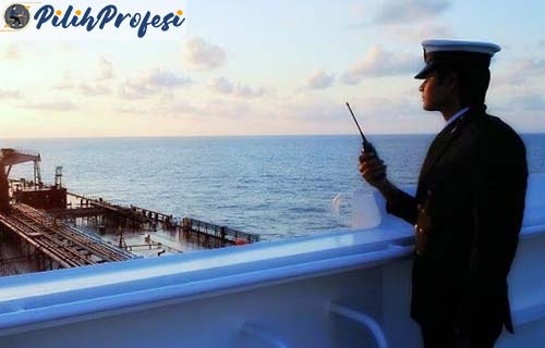 Cara Menjadi Perwira Kapal