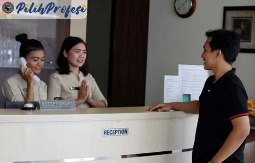 Receptionist Adalah Lengkap dengan Pengertian, Fungsi dan Tugasnya