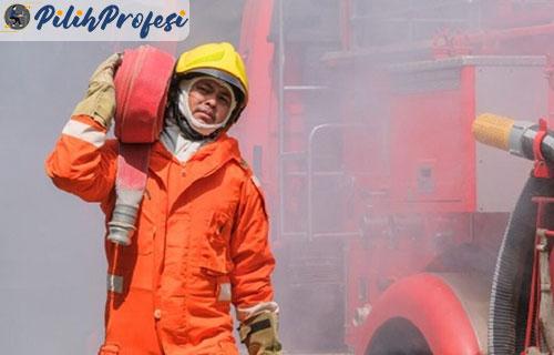 Pemadam Kebakaran Adalah Peran Tanggung Jawab Terlengkap