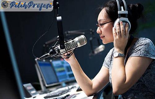Gaji Penyiar Radio Beserta Tugas Tanggung Jawab Tips Menjadi Penyiar Radio