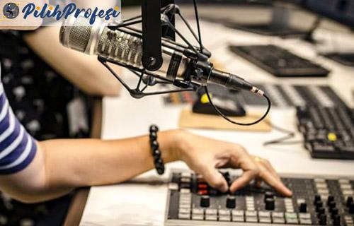 Tugas Tanggung Jawab Penyiar Radio