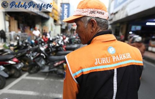 Gaji Tukang Parkir Motor