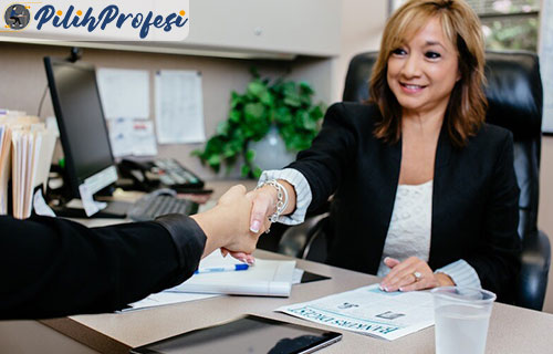 Tanggung Jawab Customer Service