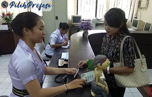 Tugas Tugas Customer Service