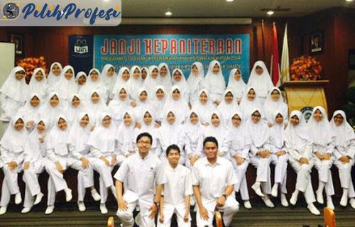 3. Lulus Sekolah Perawat