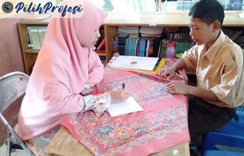Tugas Konselor Dalam Membantu Siswa