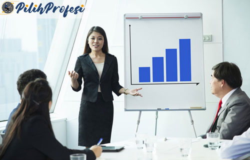 4. Mempresentasikan Proposal